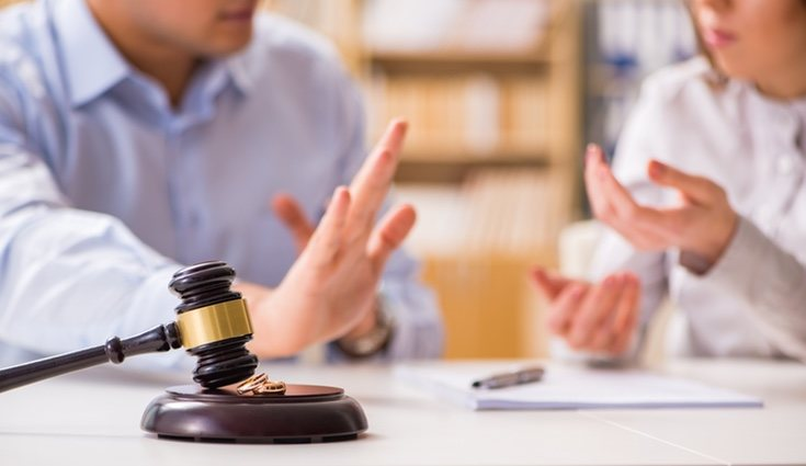 El España se producen un media de 100.000 divorcios al año
