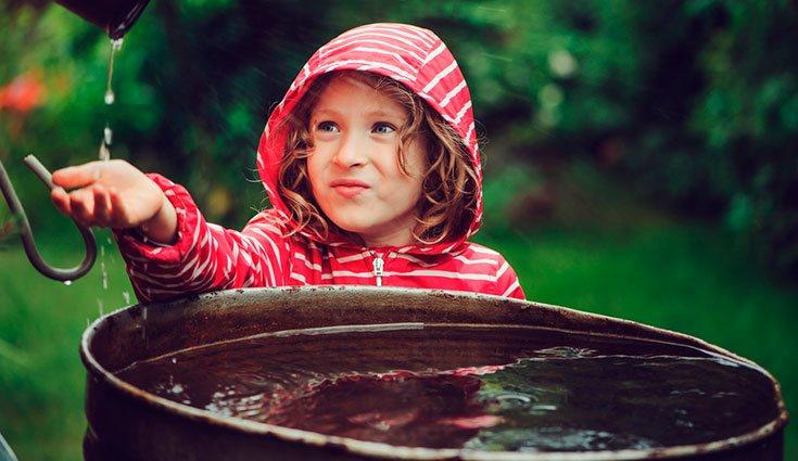Existen pequeños depósitos de todo tipo que también pueden servir para reciclar el agua de lluvia