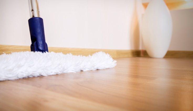 Lo más importante que hay que hacer es limpiar la superficie a trabajar