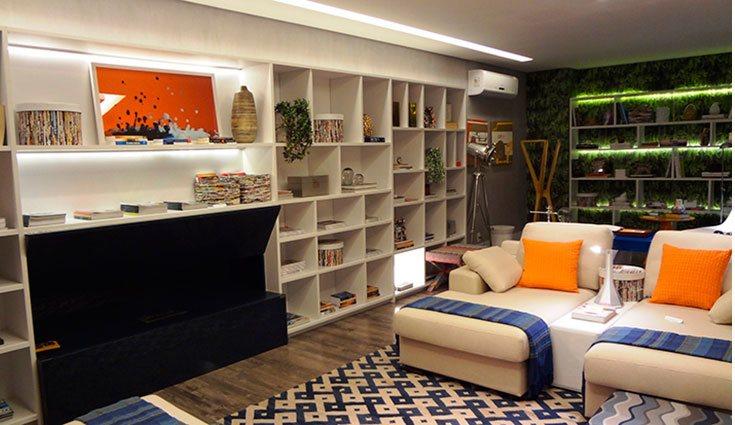 Una de las tendencias más vanguardistas del momento es la de colocar libros por toda la casa