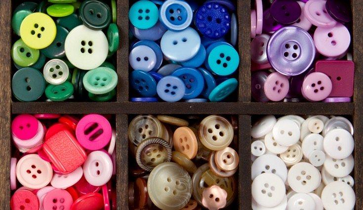 Acumula botones, alfileres e imperdibles