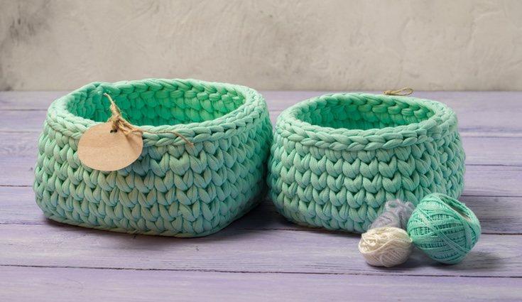 Las cestas de croché son perfectas para guardar los cachivaches