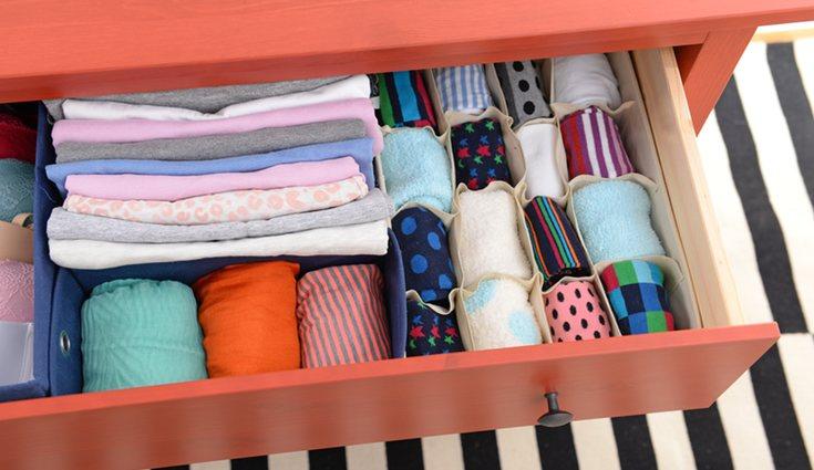 Reutiliza cajas de zapatos para almacenar en lugar de comprar más objetos