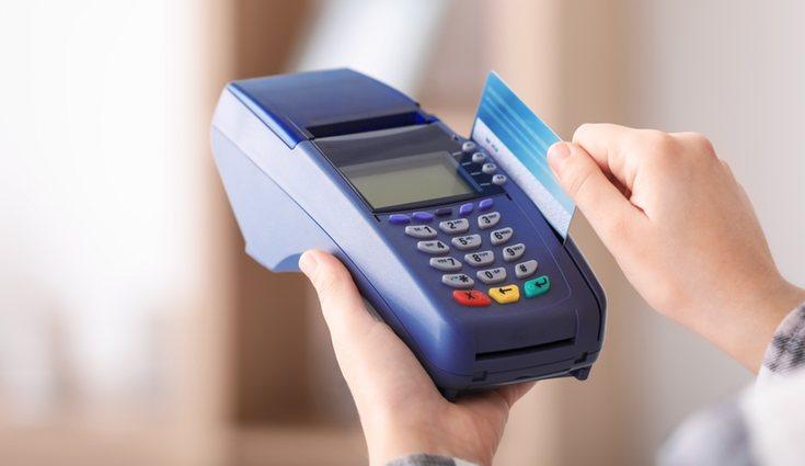 Algún tipo de servicios rechazan el pago con débito
