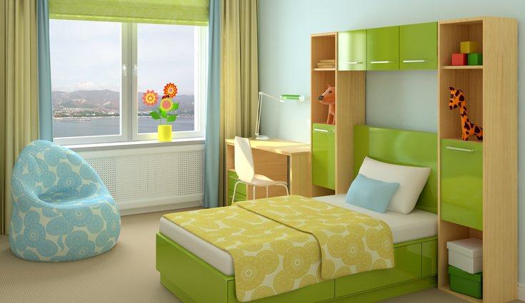 El verde intenso da mucho alegría al cuarto pero también puede ser en tonos pastel