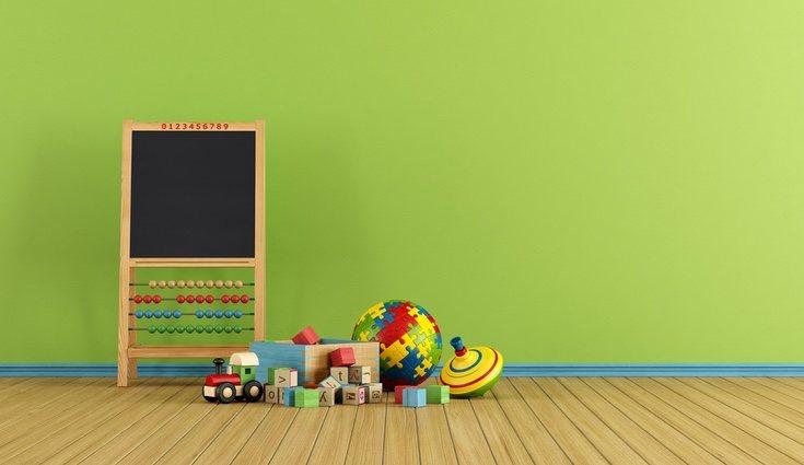 Los colores saturados son algunos de los más elegidos para la decoración de salas infantiles