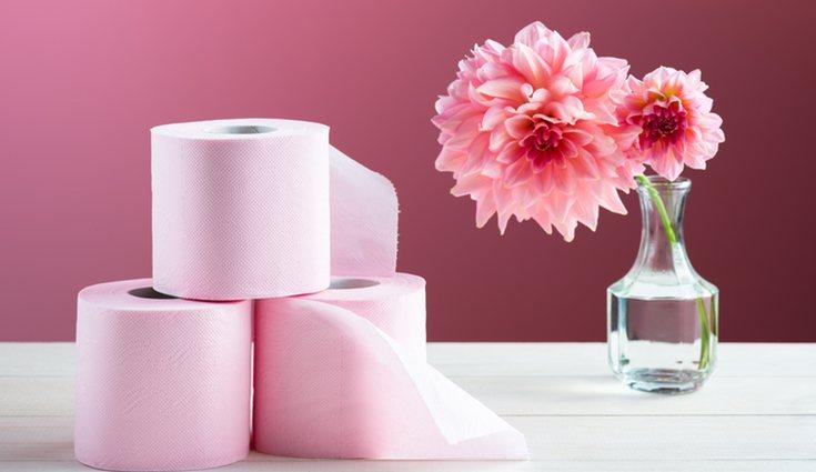 Los materiales que elijas para hacer tus flores pueden ser lo más original que quieras