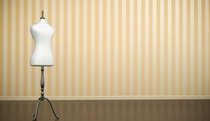 Emplear estampados con rayas verticales es muy útil de cara a conseguir sensación de altura