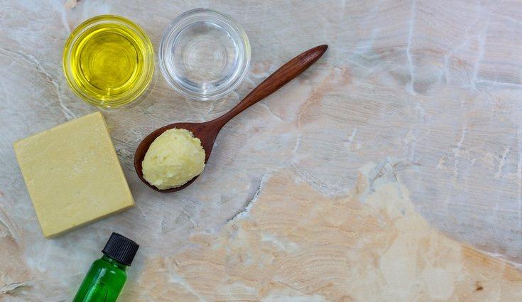Sólo se necesita aceite, agua y sosa cáustica para hacer jabón