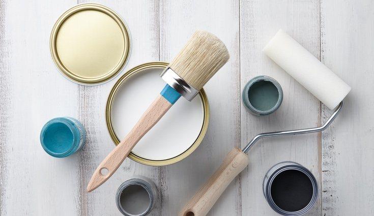 Antes de comenzar a pintar es necesario que te asegures de disponer de todos los materiales y utensilios necesarios