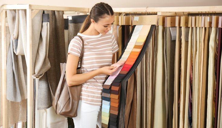Las telas de tus cortinas deben ser ligeras como por ejemplo de algodón fino