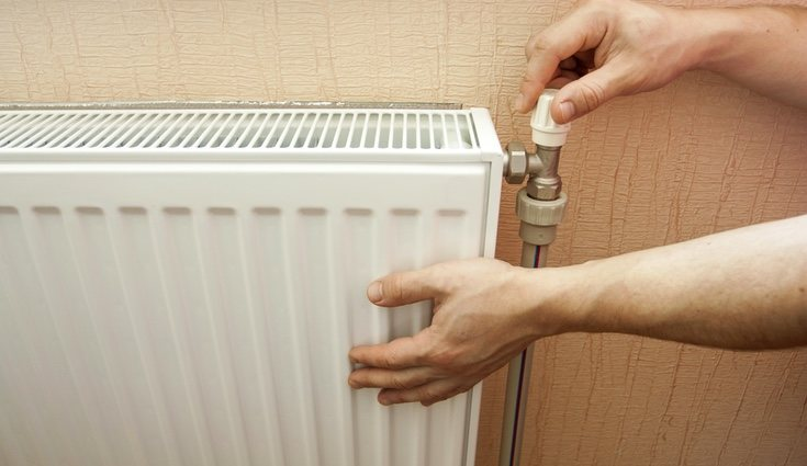 Purgar los radiadores es algo que todo el mundo sabe pero que nadie hace y ayuda a que éste funcione mejor