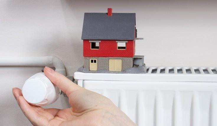 Para mantener una temperatura adecuada y constante en tu hogar y, además, ahorrar sigue estos consejos