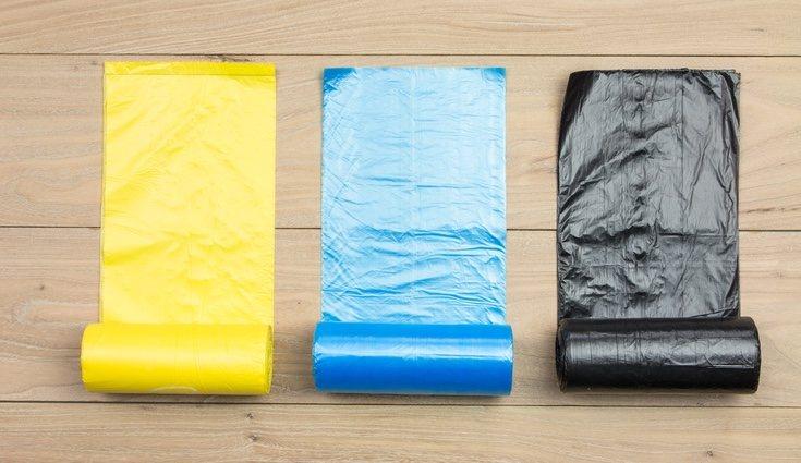 Hay de diferentes colores, para los distintos cubos, y pueden ser perfumadas o no