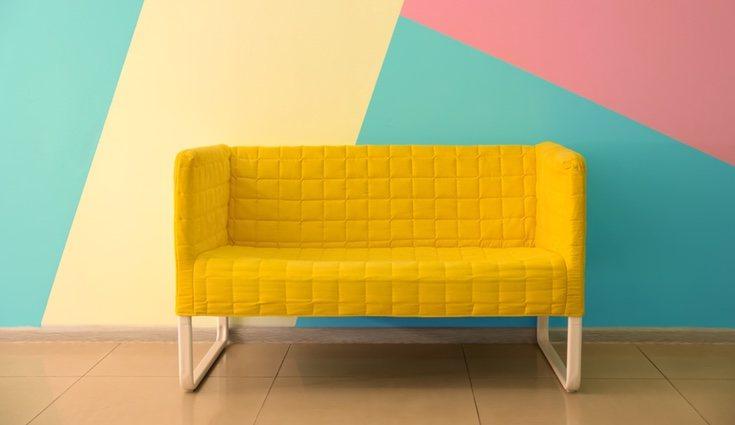 La clave del estilo Memphis es combinar colores y formas sin temor