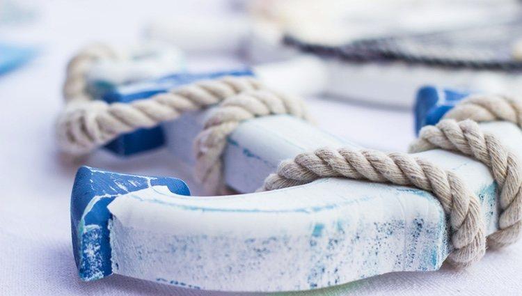 El color blanco y azul es lo más característico de este estilo de decoración