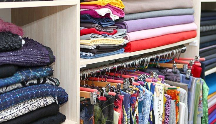 Existen cientos de factores que pueden ayudar a construir o a organizar un armario