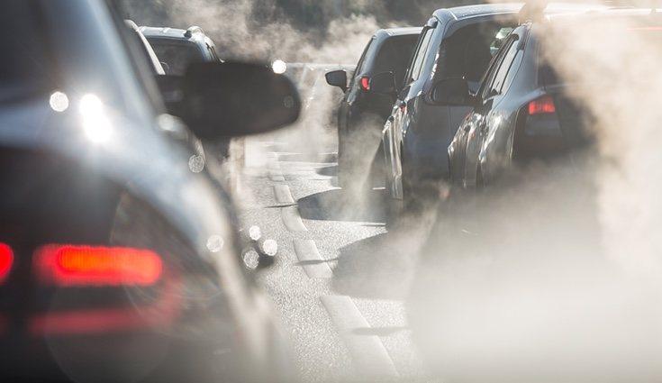 Los coches son la principal fuente de contaminación aunque, eso sí, no la única.