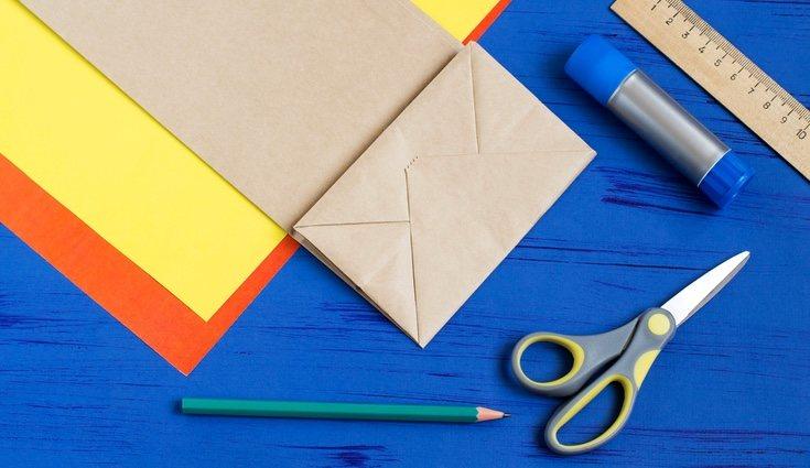 Materiales necesarios para hacer una inicial