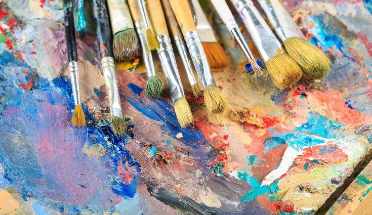 Pinta sobre las marcas de lápiz