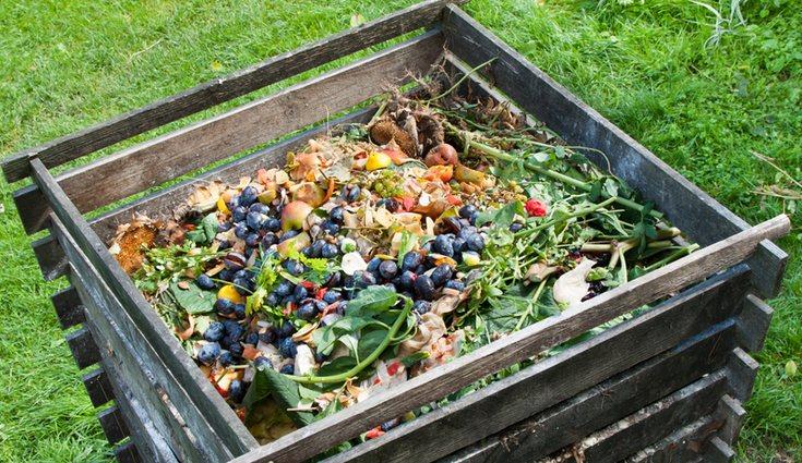 Al menos el 75% del contenedor deberá estar relleno de deshecho natural