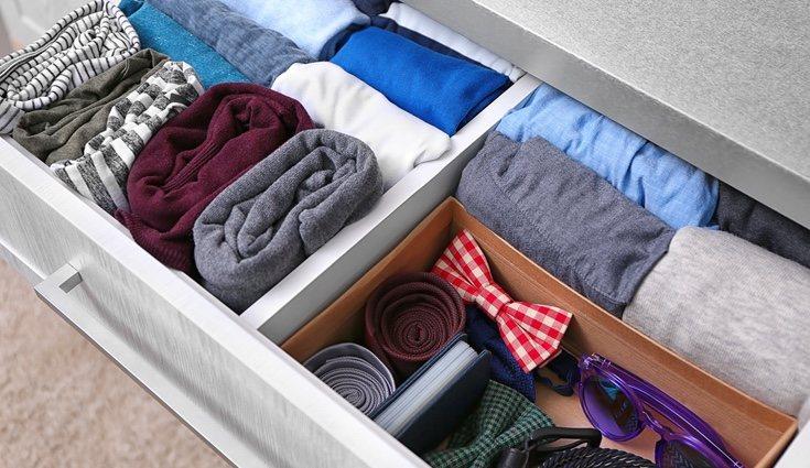 Tendrás que aprender a doblar correctamente la ropa para ganar más espacio