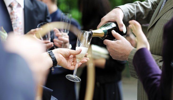 Una opción para minimizar gastos es reducir el número de invitados