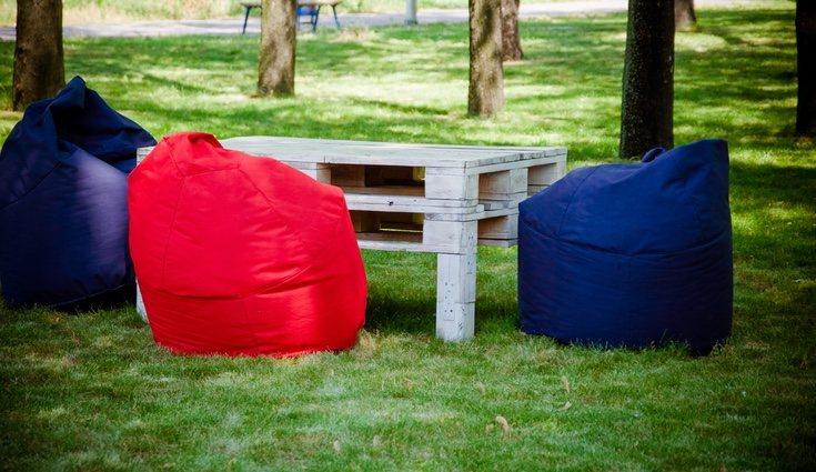 Los palets dará a los muebles del jardín una sensación de chill-out