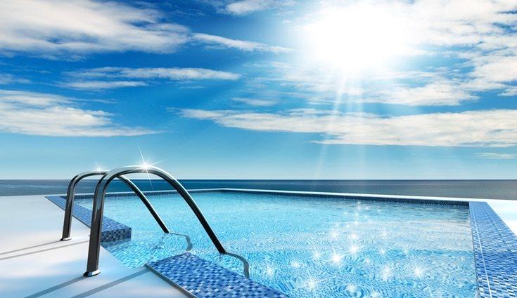 Recuerda que a la hora de construir tu propia piscina la mejor opción será hacerlo en la parte donde pegué más el sol