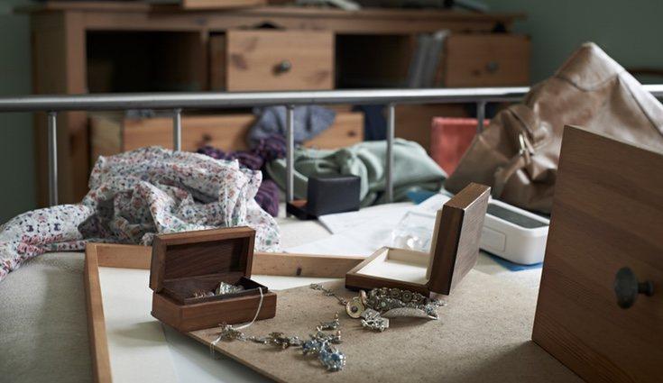 No alardees de los objetos de valor que posees ya que puedes ser blanco fácil de ladrones