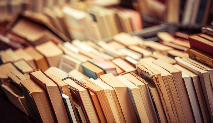 Es habitual acumular libros en casa y no saber qué hacer con ellos