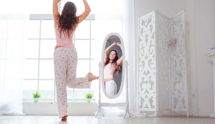 En la zona donde vestirse también es habitual tener un espejo
