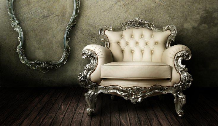 Los muebles blancos aportan luz y elegancia