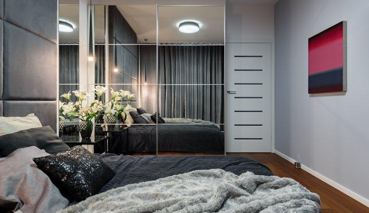 Hay que tener en cuenta cómo es el armario para añadirle la mejor iluminación