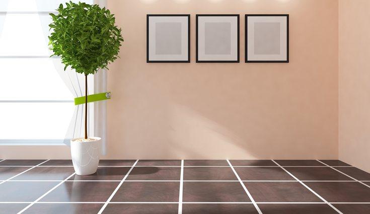 Este tipo de suelo tiene mucho peso visual con las paredes blancas